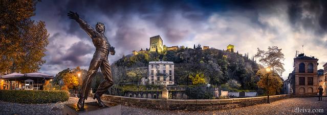 Monumento a Mario Maya en el Paseo de los Tristes, Granada