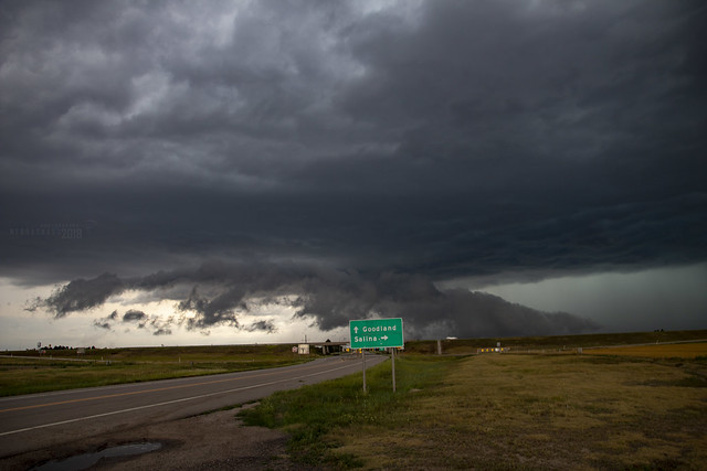 072718 - Storm Chasin in Nader Alley 039