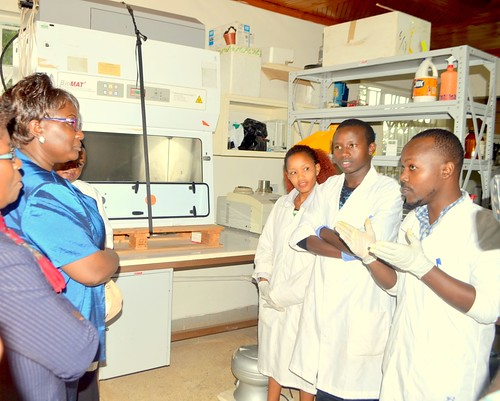 Students at Kenyatta University in Kenya interact with policymakers in Student biosafety lab in Kenya-Youth are shunning ag courses due to poor laws regarding biotechnology-this however is changing-By Verenardo Meeme