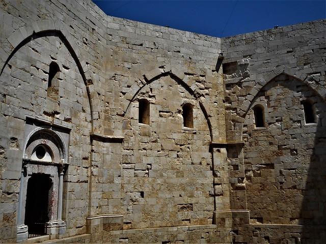 Castel del Monte (about 1240) at Andria (Puglia / Italy) built by emperor Frederick II of Swabia Hohenstaufen