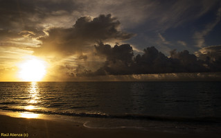 Sunraise in Bahamas | by ratienzan