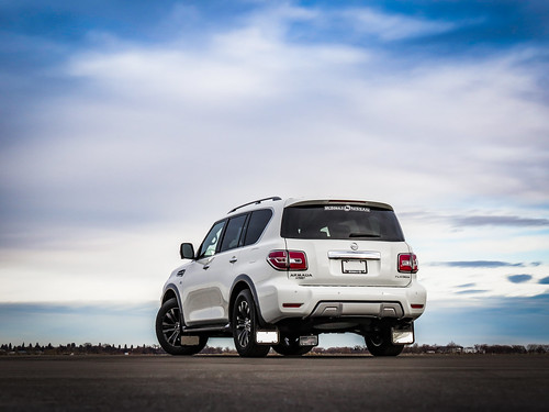 2019 Nissan Armada Photo