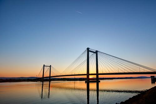 pasco washington unitedstates bridge suspensionbridge cablebridge sunset easternwashington