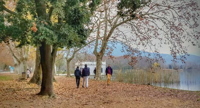 Paseando en el lago de Banyoles. Gerona (Cataluña)