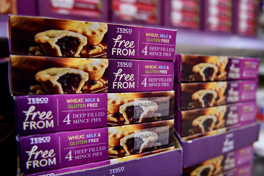 Tesco Free From mince pies - Christmas products at Tesco