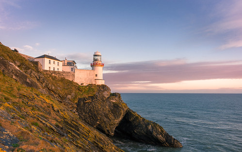 dawn lighthouse wicklowhead wicklowlighthouse 28119 sunrise navagation irishsea