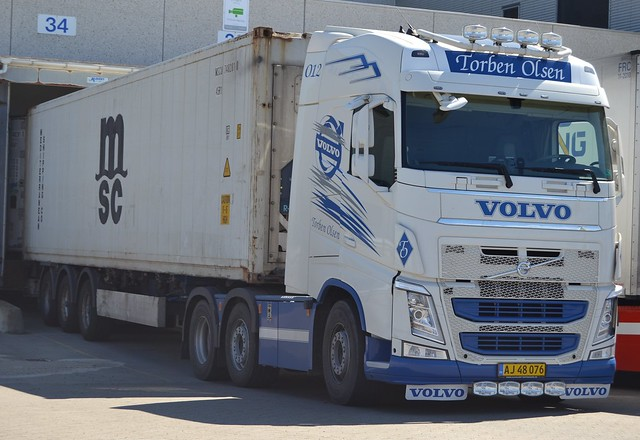 Volvo FH - Olsen Torben - DK  AJ 48 076
