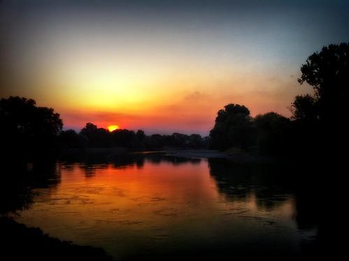 sunset colors sunrise volksfest iphone4 donaustraubing