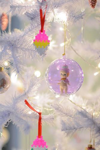 Beautiful pastel colored ornaments in a white Christmas tree | by jutta / kootut murut