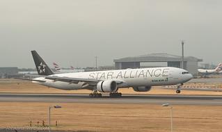 EVA AIR 777-300ER B-16715 LONDON HEATHROW 12.07.2018   by toftos