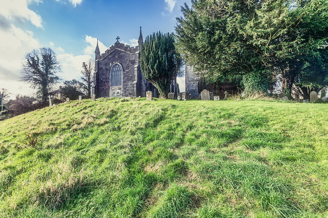 ST COLUMBA'S CHURCH AND GROUNDS IN SWORDS COUNTY DUBLIN [CHURCH ROAD]-148811