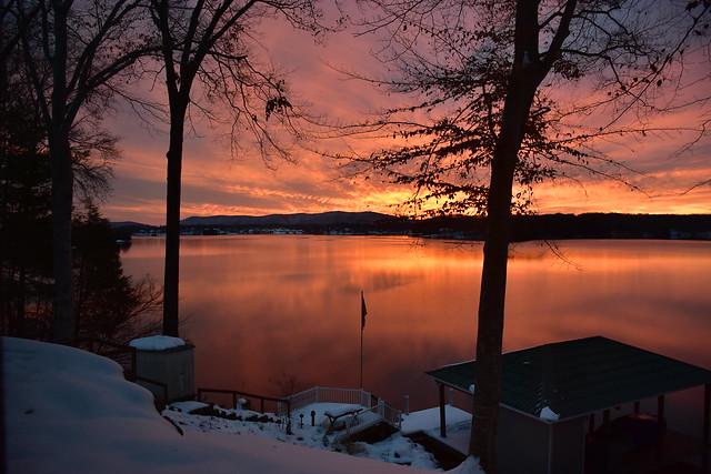 Smith Mountain Lake, Virginia, America. (Explored 18/12/18)