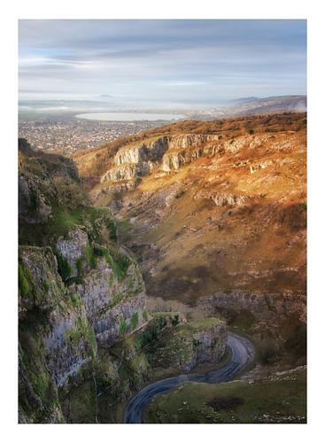 somerset cheddar gorge landscape landscapes landscapephotography landmark landmarks canon england efs1585mmisusm eos eos80d sky cliff cliffs