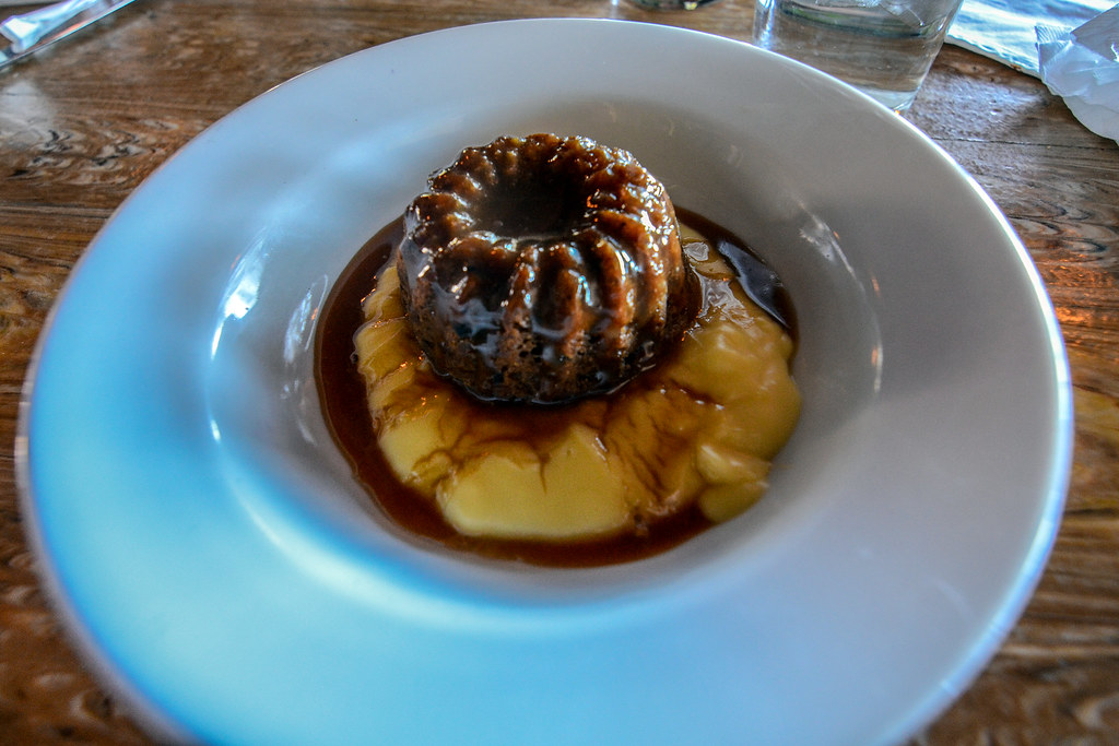 Sticky Toffee Pudding Rose & Crown
