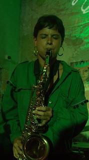 Gabriela Bernal   Tus Infinitas Formas   by Music Blitz!