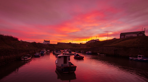 seaton sluice whitley bay newcastle uk boats sunrise rise sun morning