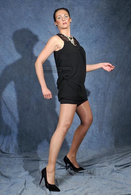Lin van Berg: born for Pantyhose