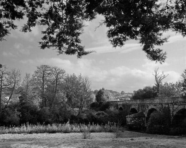 Roman bridge over the Zêzere river
