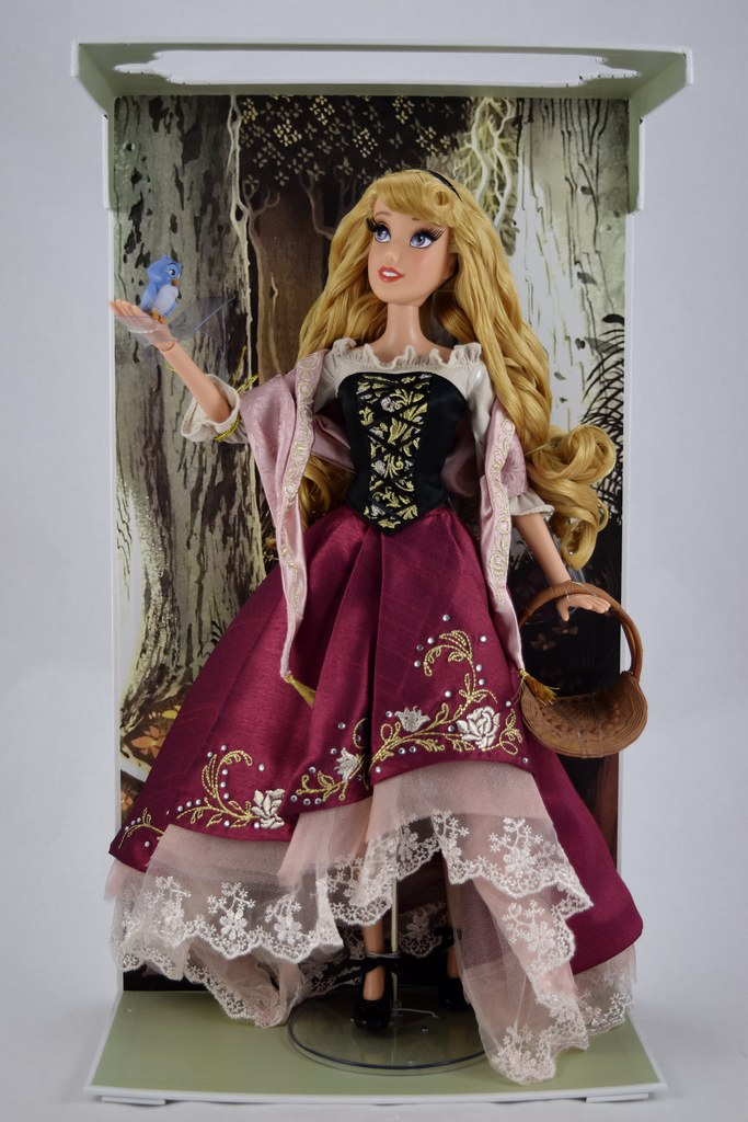 "IN HAND DISNEY AURORA SLEEPING BEAUTY 60TH ANNIVERSARY 17/"" DOLL LIMITED EDITION"