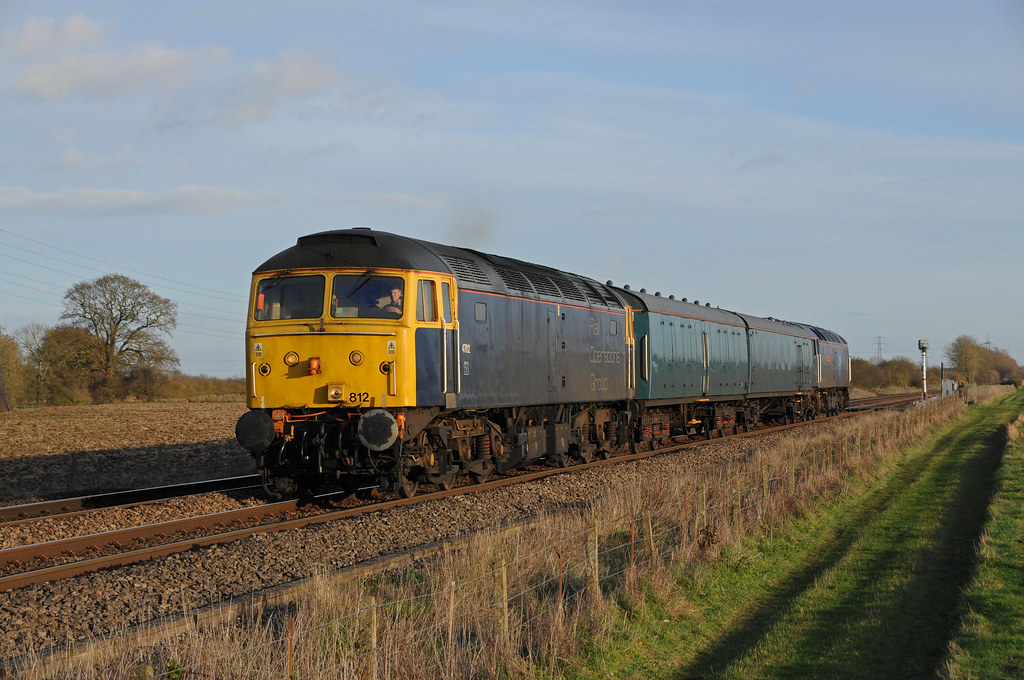 47812 & 47815 - Uffington 22/12/18 by James Welham