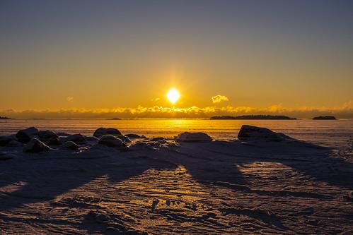 canon6d sunrise landscape winter frozensea nature outdoors sun espoo finland shadows light