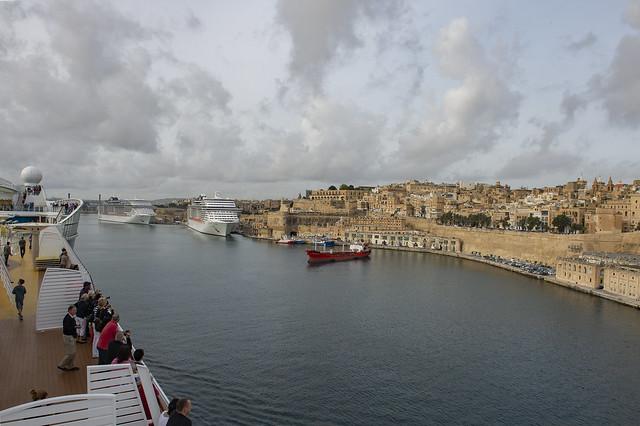 Im Hafen von Malta mit AIDAmar 2014