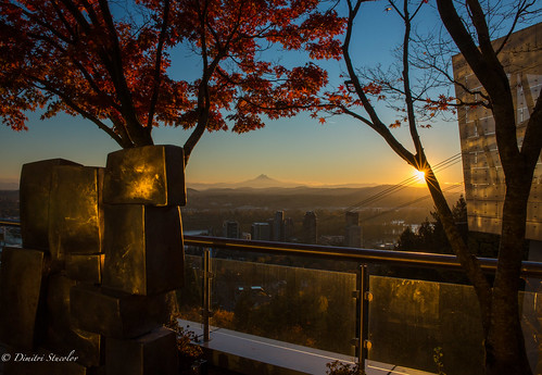 ohsu portland portlandor sunrise sunrays sunburst oregon pacificnorthwest pnw mthood
