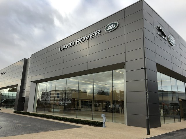Grange Jaguar & Land Rover Hatfield