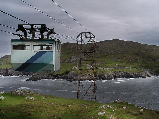 ¤ Cable car to Dursey Island. Dursey Loop   Ireland