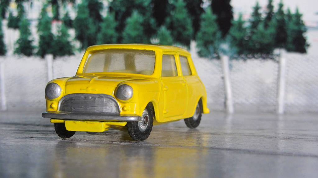 Corgi Toys Morris Mini Minor No  226 Made 1960 - 1968 : Di
