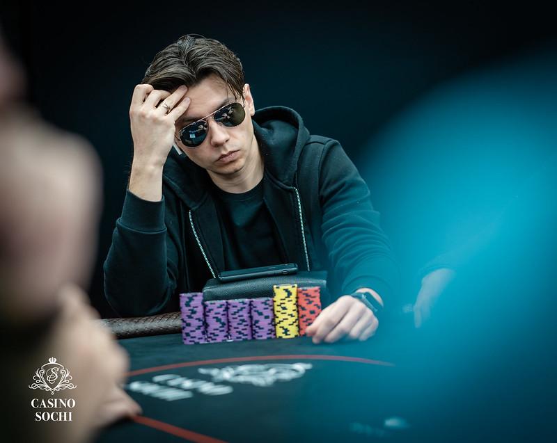 Как вывести деньги с 888 с казино на покер скачать игры на телефон игровые автоматы сейфы