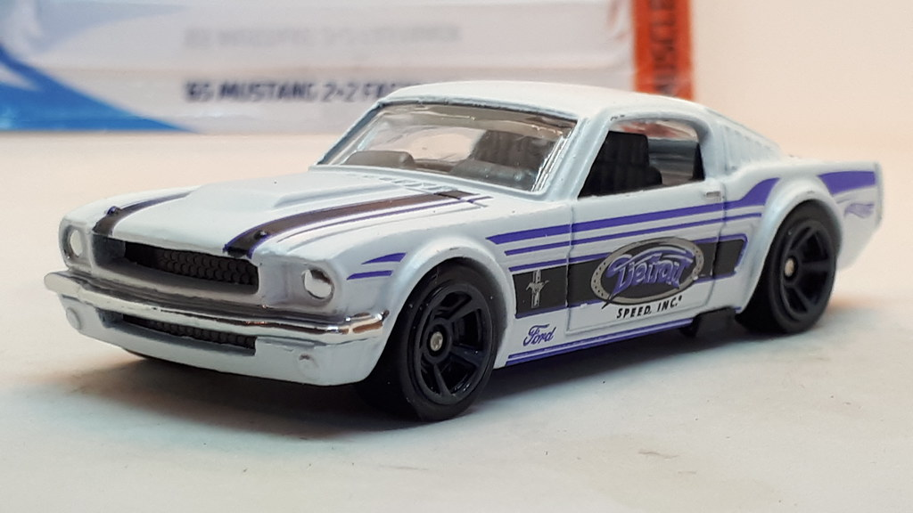HOT WHEELS 1965 FORD MUSTANG 2+2 FASTBACK NO9 DETROIT SPEE… | Flickr