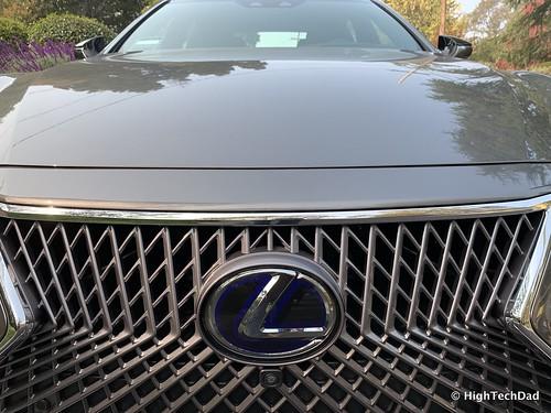 2019 Lexus LS 500h Sedan - front emblem & grill Photo