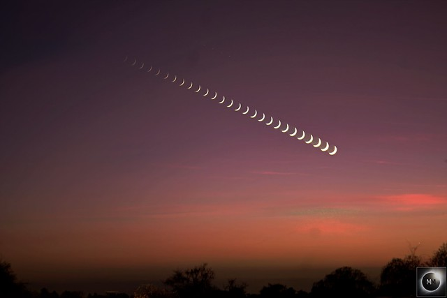 Setting 6% Waxing Crescent Moon 08/01/19