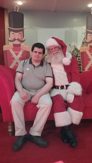 Yo con el #ViejitoPascuero 🎅 (Portal Florida Center, 09/12/2018)