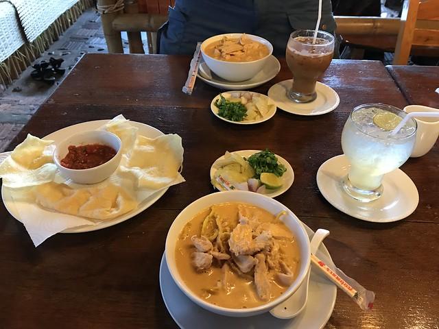 Proper Khao soy soups (Mae Hong Son, Thailand 2018)
