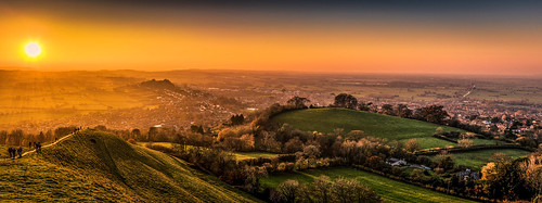 shadow goldenhour nikon sunset golden tor panoramic panorama d810 glastonbury somerset england unitedkingdom gb