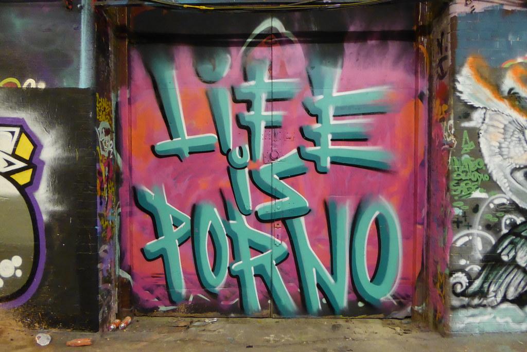 Porno graffito