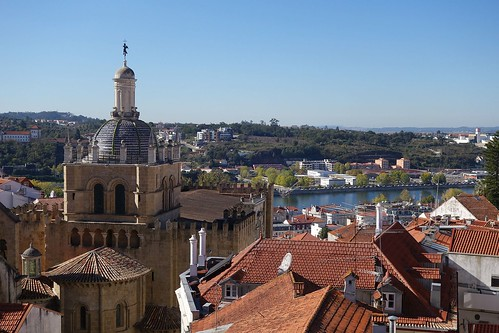 Coimbra roofs | by Bosc d'Anjou
