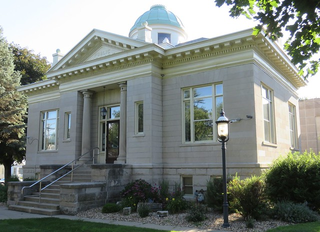 Old Carnegie Library (Mendota, Illinois)