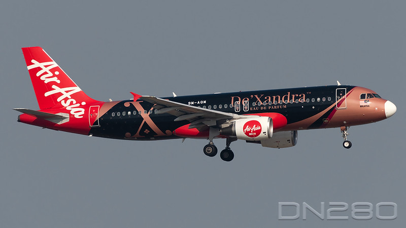 AirAsia A320-216