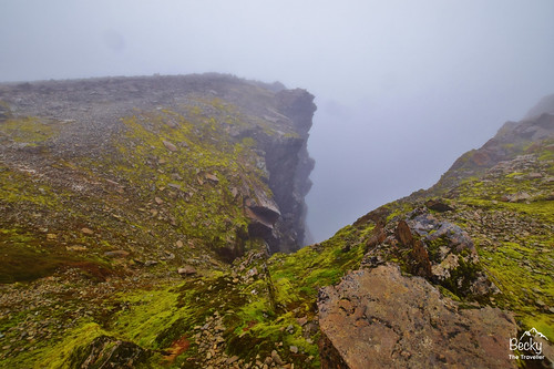 Ben Nevis walk - deep gully | by www.beckythetraveller.com