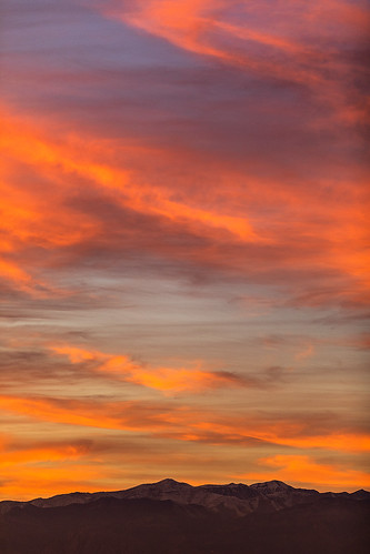 nevadasunset nevada lasvegas sunset sunsetcolor fierysunset potosimountain springmountains landscapephotography photography jamesmarvinphelps jamesmarvinphelpsphotography