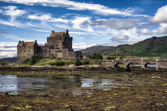 Eilean Donan Castle - Copyright warning: All my photographs on Flickr are protected by Copyright Laws. So, it is strictly forbidden to reproduce any of those photographs without my consent.