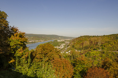 castle marksburg hill hilltop fall color autumn rhine river fort fortress old history historic view landscape outdoor germany europe brubach
