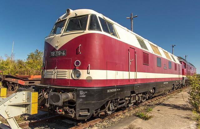 01_2018_09_30_Erfurt_Güterbahnhof_1228_719_EBS_Deutsche_Reichsbahn_118_719