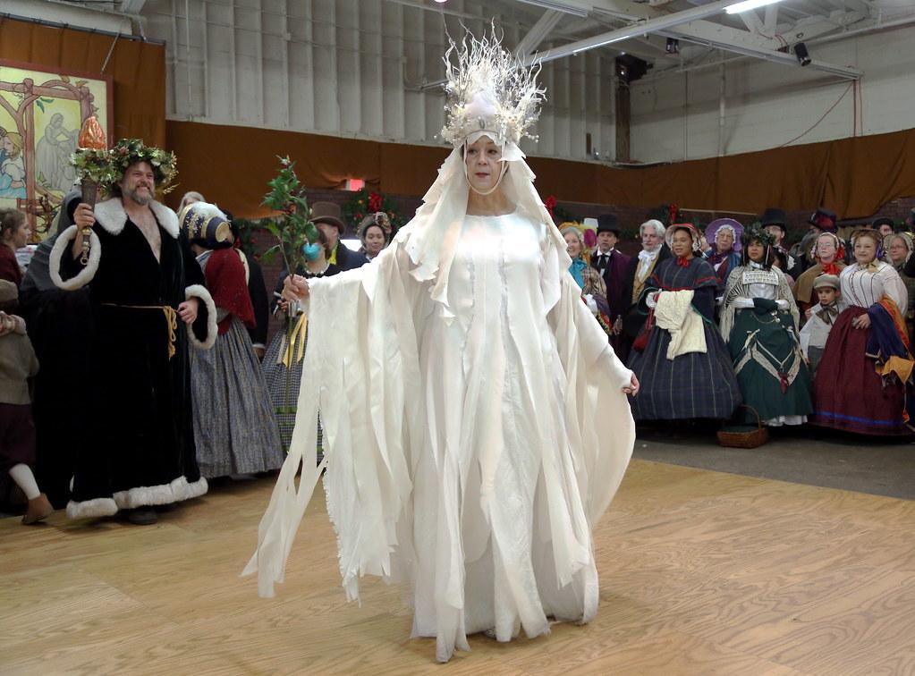 A Christmas Carol Spirits.Spirits Of Christmas Present And Past From A Christmas Ca