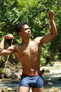 Teen Male In Progress Canon 1oood Tamron Af70 3oomm F 4 Flickr