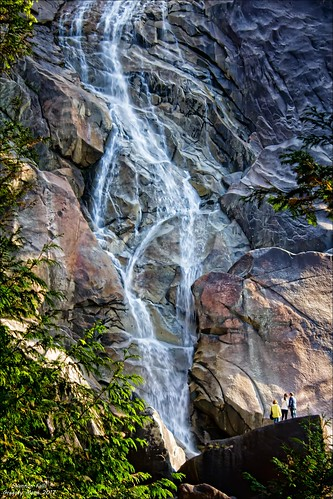 Shannon Falls | by G. Monk