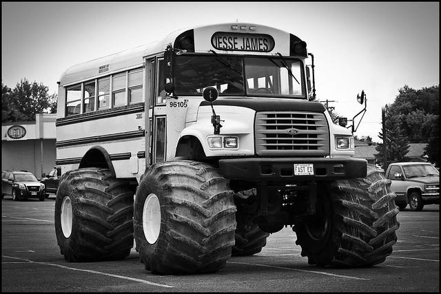 Fast Eddies Bus